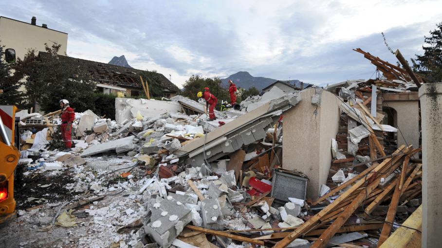 150 000 euros d couverts apr s l 39 explosion d 39 une maison for Maison 150 000 euros