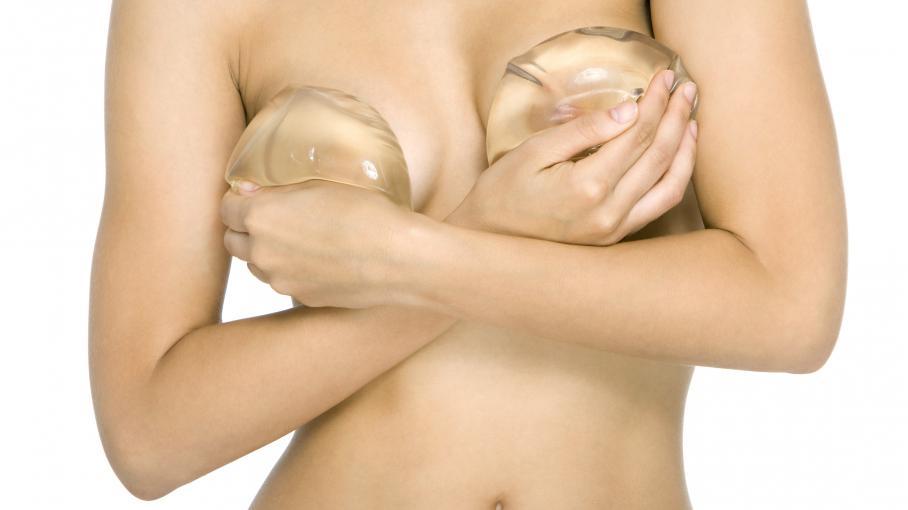 Une nouvelle maladie liée aux prothèses mammaires