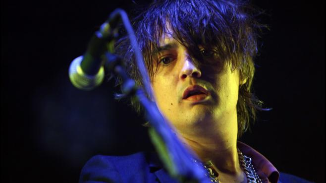 Le chanteur Pete Doherty lors du We Love Green festival, organisé le 11 septembre 2011 dans les Jardins de Bagatelle à Paris.