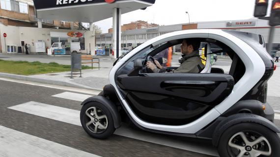 video la petite voiture lectrique a de l 39 avenir en ville. Black Bedroom Furniture Sets. Home Design Ideas