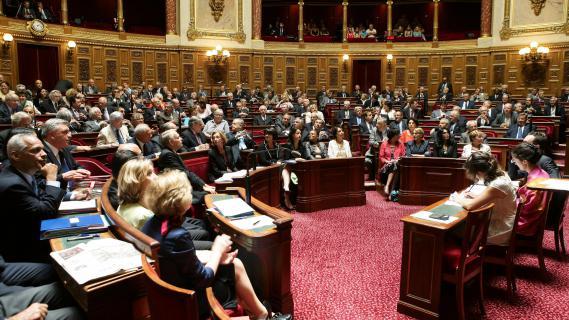 L'hémicycle du Sénat, le 4 juillet 2012, avant le discours de politique générale de Jean-Marc Ayrault, à Paris.