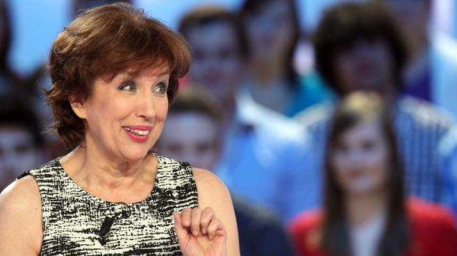 "L'ancienne ministre Roselyne Bachelot au ""Grand journal"" de Canal+, le 9 mai 2012."