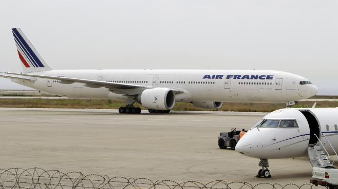 Un avion de la compagnie Air France à l'aéroport international de Beyrouth (Liban), le 20 avril 2010.