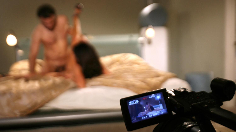vidéo de tournage de film xxx filles qui sucer grosse bite
