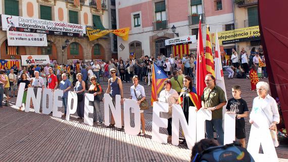 Des manifestants expriment leur soutien  une indpendance de la Catalogne, le 11 septembre 2010  Barcelone (Espagne).