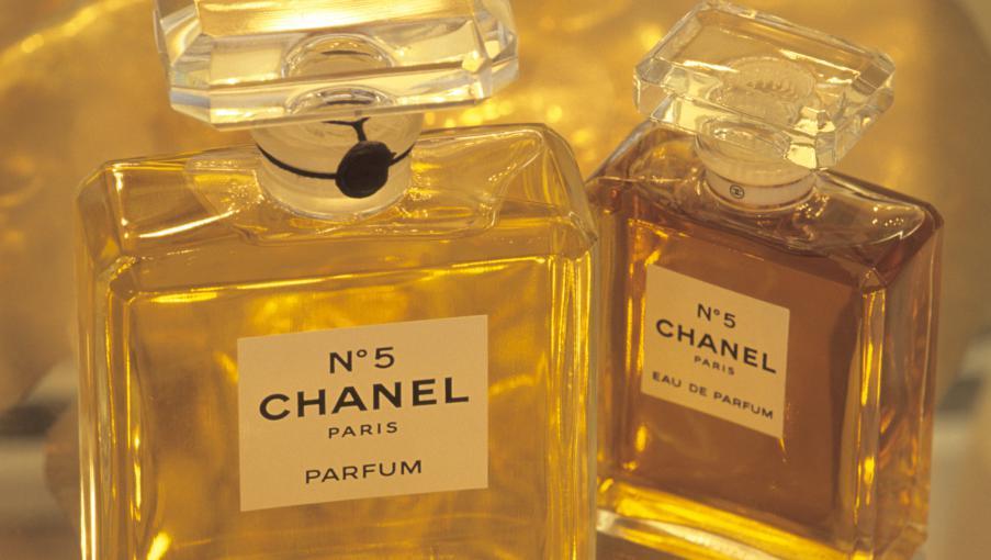 Le Chanel N 5 N 39 Est Pas Menac Par La Loi Europ Enne