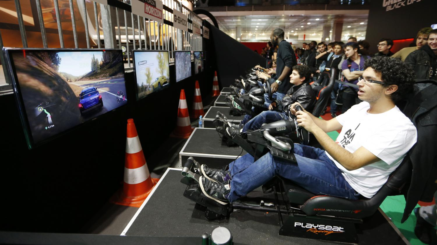 Video a la d couverte du salon du jeu vid o paris games week for Salon a paris ce weekend