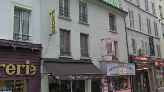 L'immeuble du 141 rue du Charonne (Paris 11e) a été évacué par les forces de l'ordre, dans la nuit de dimanche 4 à lundi 5 novembre 2012.
