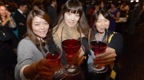 Beaujolais nouveau : ce vin serait-il passé de mode ?