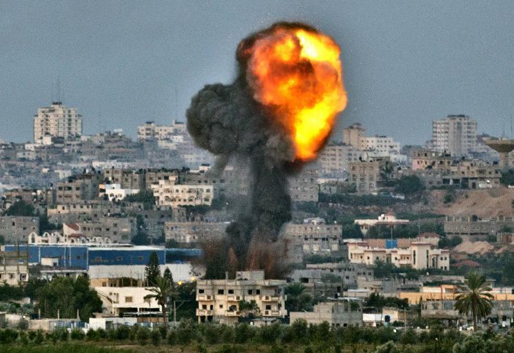Une attaque israélienne dans la bande de Gaza, le 16 novembre 2012.