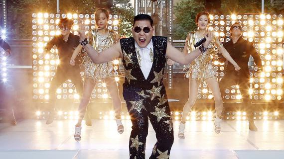 """Le chanteur sud-coréen Psy, interprète de """"Gangnam Style"""", à Sidney (Australie), le 17 octobre 2012."""
