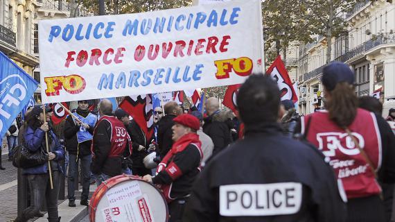 http://www.francetvinfo.fr/image/74rjxcrvr-8235/570/320/1098565.jpg