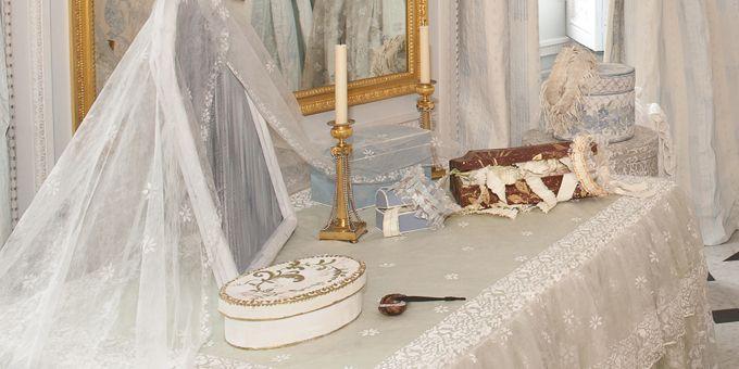 EN IMAGES : A Versailles, la pièce des Bains de Marie-Antoinette rénovée