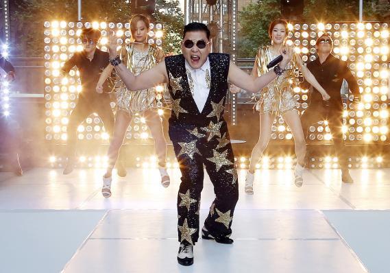 """Le chanteur sud-coren Psy, interprte de """"Gangnam Style"""",  Sydney (Australie), le 17 octobre 2012."""