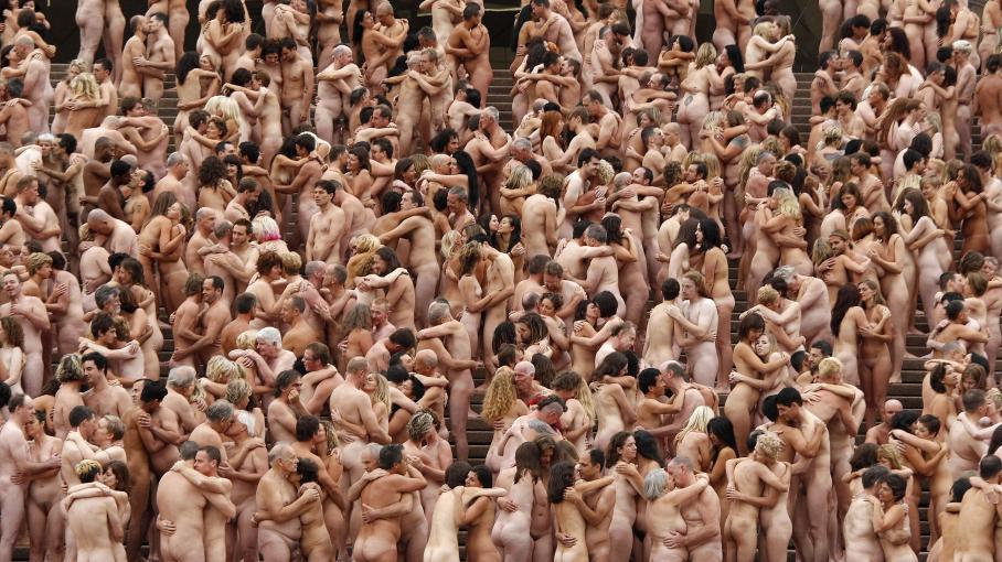 Plus grande vidéo d'orgie du japon