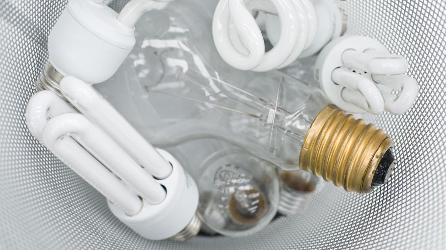 par quoi remplacer ma vieille ampoule filament. Black Bedroom Furniture Sets. Home Design Ideas