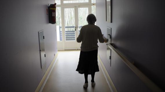 Une résidente de maison de retraite de Chaville (Hauts-de-Seine) a été expulsée vendredi 4 janvier pour loyers impayés.