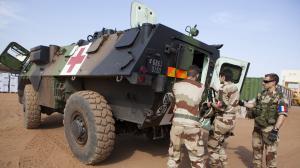 Soldats français et maliens reprennent la ville de Gao