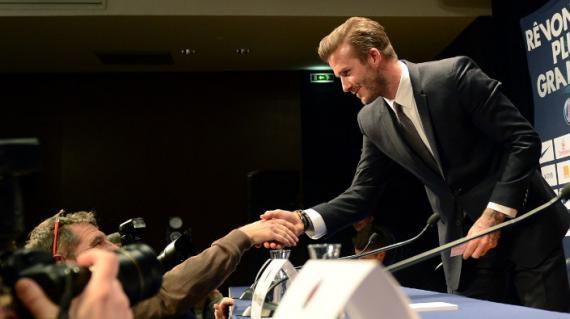 Le footballeur David Beckham à la conférence de presse donnée pour son arrivée au PSG, le 31 janvier 2013.