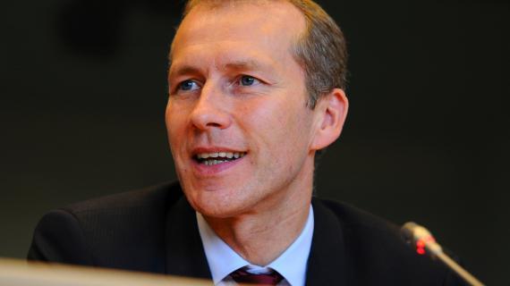 Guillaume Garot, ministre délégué à l'Agroalimentaire, le 16 octobre 2012 à Bruxelles (Belgique).