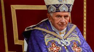 Le pape annonce sa démission