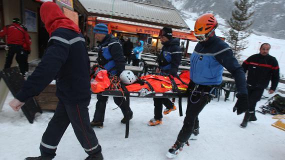 Seul le guide de montagne qui accompagnait les quatre alpinistes à survécu à l'avalanche survenue près de Crevoux (Hautes-Alpes) le 5 mars 2013.