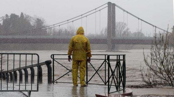 De fortes pluies ont provoqué la crue de nombreux cours d'eau, comme à Rivesaltes (Pyrénées-Orientales), le 6 mars 2013.