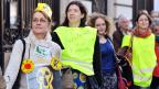 Une chaîne humaine à Paris contre le nucléaire