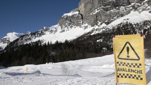 VIDEO. Auron : un skieur meurt dans une avalanche