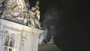 Fumée blanche au Vatican, un nouveau pape est élu