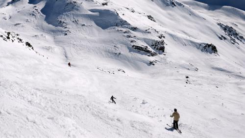 VIDEO. Massif central : la neige ravit les skieurs du Mont-Dore