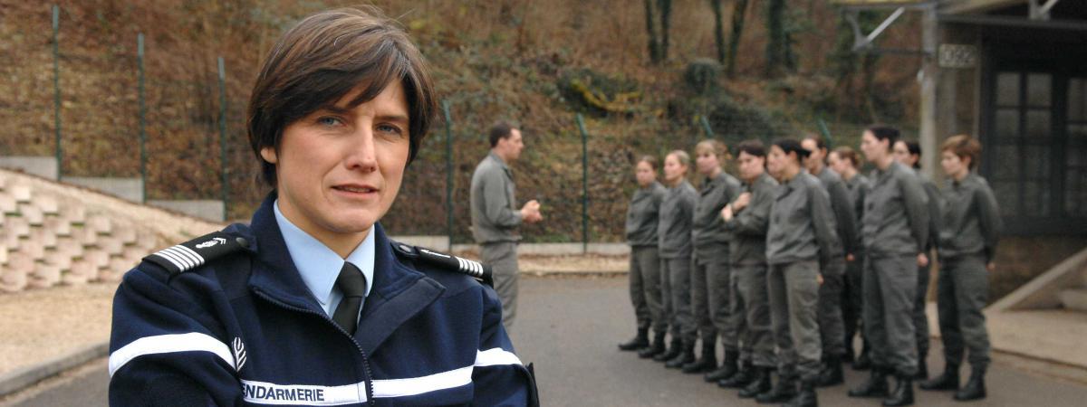 Premi re historique une femme nomm e g n rale dans la - Grille salaire sous officier gendarmerie ...