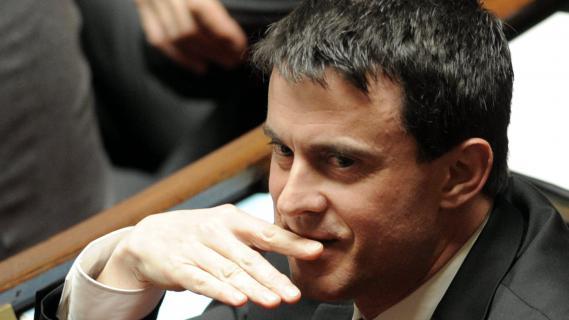 """Contrairement à d'autres ministres,Manuel Valls, photographié ici le 10 avril à l'Assemblée, juge que la déclaration de patrimoine est """"logique, utile et nécessaire""""."""