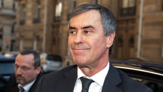 Jérôme Cahuzac à la porte des juges du pôle financier, à Paris, le 2 avril 2013.