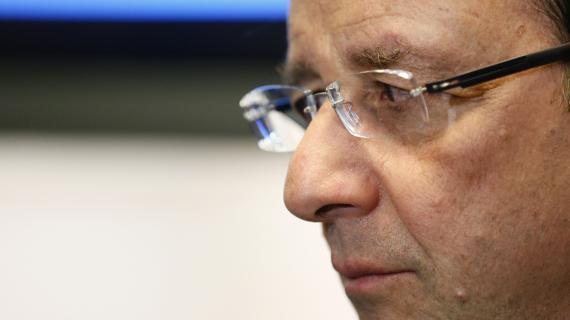 François Hollande, le 18 avril 2013 à l'aéroport Roissy-Charles-de-Gaulle.