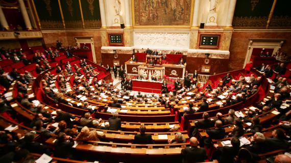 L'Assemblée nationale, le 21 décembre 2004.