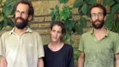 Trois des sept ex-otages français, le 19 avril 2013 à Yaoundé, au Cameroun.