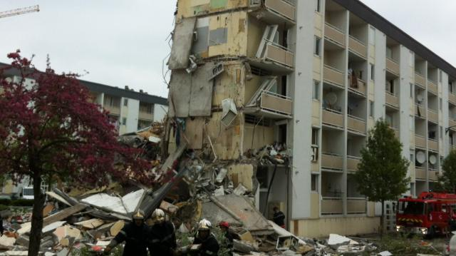 L'immeuble de Reims (Marne), soufflé par une explosion le 28 avril 2013.