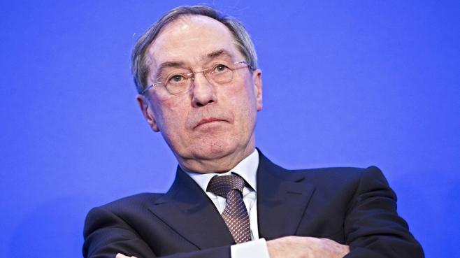 Claude Guéant lors d'une convention sur l'autorite de l'UMP à Paris le 4 avril 2013.
