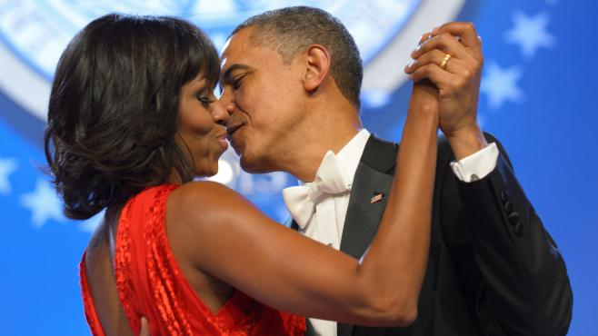 Michelle et Barack Obama lors d'un bal à Washington, le 21 janvier 2013.