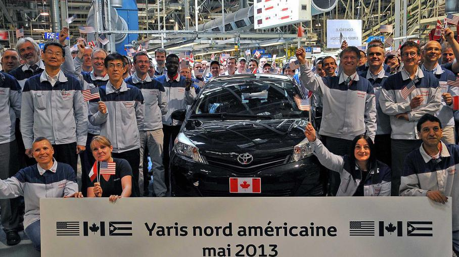 video la yaris de toyota fabriqu e en france et d sormais vendue aux etats unis. Black Bedroom Furniture Sets. Home Design Ideas