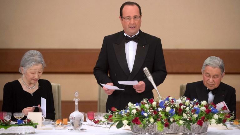 François Hollande prononce un discours lors d'un dîner au palais impérial de Tokyo (Japon), le 7 juin 2013.