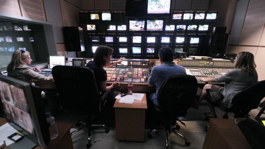 Les programmes de l'ERT se poursuivent mercredi 12 juin grâce à une diffusion sur le web.