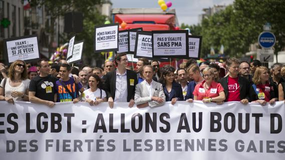 agence rencontre gay pride à Aubervilliers