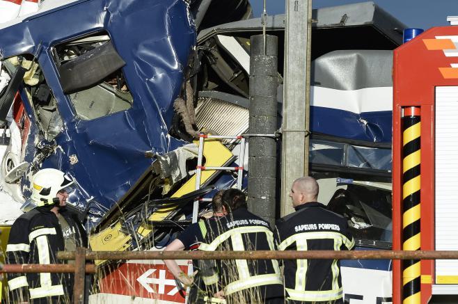 L'accident survenu entre deux trains, en Suisse, lundi 29 juillet 2013, a fait au moins 5 blessés graves.