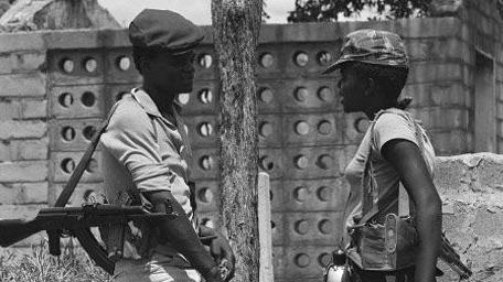 Membres de la guérilla contre le régime blanc rhodésien (6-2-1980).