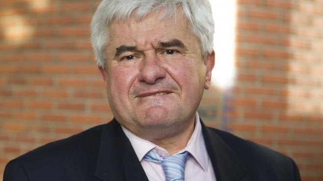 Le maire UMP du Raincy (Seine-Saint-Denis), Eric Raoult, le 7 février 2013 à Bobigny (Seine-Saint-Denis).