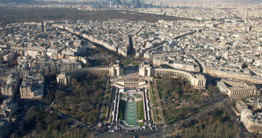 Le front de gauche veut installer des roms dans le 16e - Location meuble paris 16e arrondissement ...