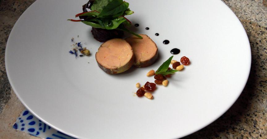 Amazon interdit le foie gras sur son site britannique - Decoration assiette de foie gras photo ...