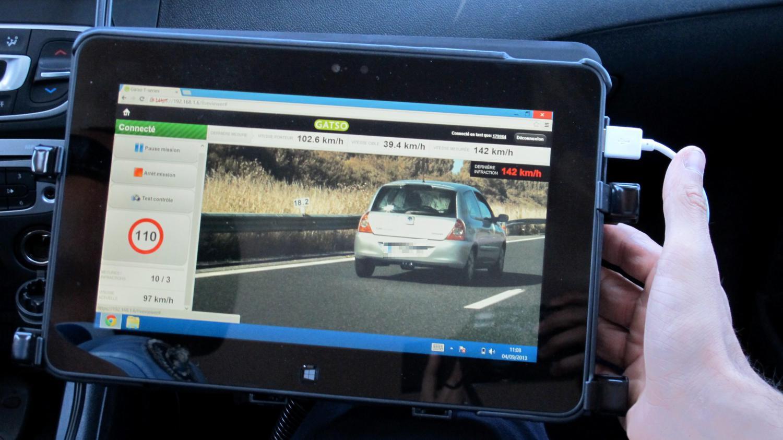 video les radars mobiles vont maintenant flasher les voitures dans les deux sens. Black Bedroom Furniture Sets. Home Design Ideas